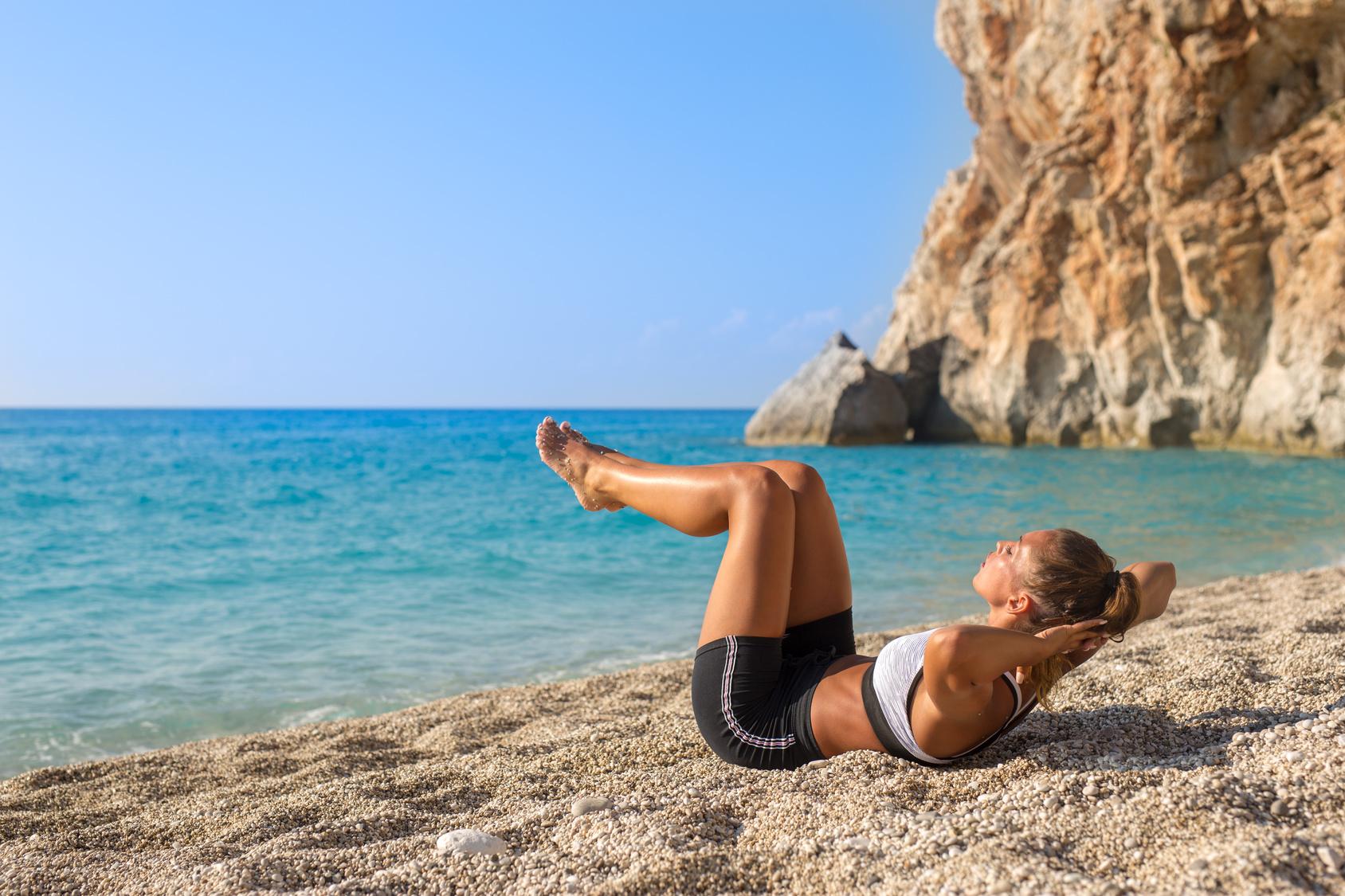 ¿Cómo hacer deporte en en la playa?